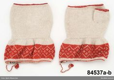 Swedish twined knitted half mittens from Rättvik.