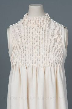 Smocked dress by Jeanne Lanvin c. 1968 FIDI Museum display Smocking I love you so!Keeping Up with Trends in Girls Fashion Designer Kurtis, Designer Dresses, Fashion Sewing, Girl Fashion, Mode Origami, Textile Manipulation, Day Dresses, Girls Dresses, Diy Clothes
