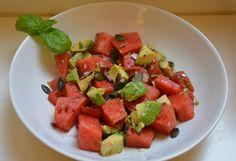 Melonensalat mit Avocado - nicht nur super gesund, sondern auch noch wahnsinnig lecker!