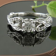 PLATINUM 4-PRONG PIERCED LEAF AND VINE MOUNTING