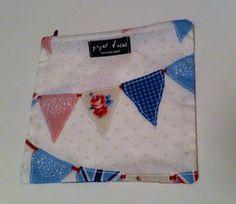 İngiliz flama bayrak desenli makyaj çantası