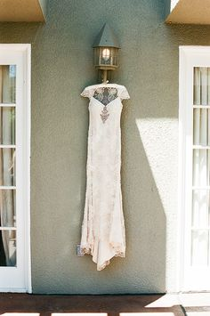 john schnack, san diego wedding photographer, del mar wedding photographer, l'auberge hotel weddings, rustic wedding decor, canvas and canopy, seagrove park ceremonies, southern california wedding photographer, isari flowers (2)