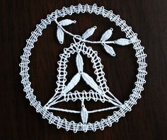 Mehr Lace Heart, Lace Jewelry, Lace Making, Christmas Bells, Bobbin Lace, String Art, Lace Detail, Creations, Butterfly