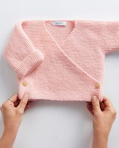 Easy Baby Knitting Patterns, Knitted Washcloth Patterns, Baby Cardigan Knitting Pattern Free, Crochet Baby Sweaters, Baby Dress Patterns, Baby Outfits, Baby Dresses, Girls Knitted Dress, Knit Dress