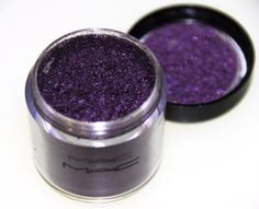 MAC Grape pigment