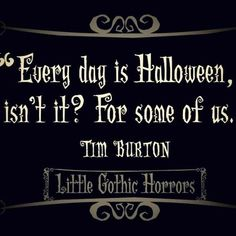 I love Tim Burton-Alice In Wonderland, The Nightmare Before Christmas, and others <---------- Yes! Tim Burton movies are my childhood! Fröhliches Halloween, Halloween Fashion, Holidays Halloween, Halloween Decorations, Halloween Pictures, Halloween Sayings, Spirit Halloween, Halloween Rhymes, Happy Halloween Quotes