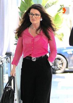 Lisa Vanderpump Lisa Vanderpump, Vanderpump Rules, Housewives Of Beverly Hills, Beautiful Hair Color, Real Housewives, Winter Wardrobe, Her Style, Feminine, Elegant