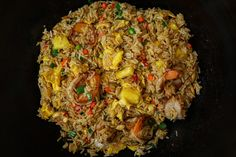 The BEST Pineapple Fried Rice on a Pineapple Bowl Recipe & Video - Seonkyoung Longest Rice Recipes, Seafood Recipes, Asian Recipes, Cooking Recipes, Ethnic Recipes, Pineapple Bowl, Pineapple Fried Rice, Sauce For Rice, Seonkyoung Longest