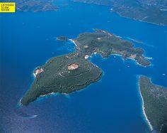 Scorpios Island (Nydri - Smaller Islands and the Surrounding Areas), www.lefkadaslowguide.com