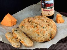 Enjoy this easy, no-knead Crusty Gluten-free Cheddar and Beer Bread Recipe baked in a Dutch Oven. Recipes no oven Gluten-Free Dutch Oven Cheddar and Beer Bread - Faithfully Gluten Free Cookies Gluten Free, Gluten Free Baking, Gluten Free Recipes, Bread Recipes, Baking Recipes, Gluten Free Beer Bread Recipe, Skillet Recipes, Easy Recipes, Dutch Oven Bread