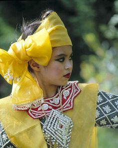 Thai dancer, Bangkok, Thailand
