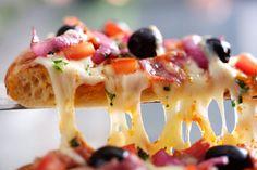 In welchen zehn Restaurants in Deutschland es die beste Pizza gibt, haben die User von Tripadvisor mit ihren Bewertungen entschieden.
