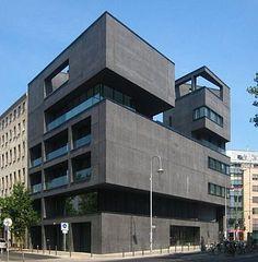 Zeitgenössische Architektur: Wohn- und Geschäftshaus in Berlin, fertiggestellt 2010