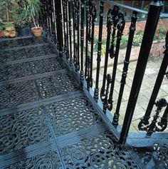 Love the cast iron work on the floor as well as the rails.