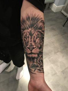 14 Meilleures Images Du Tableau Tatouages De Lion Berber Tattoo