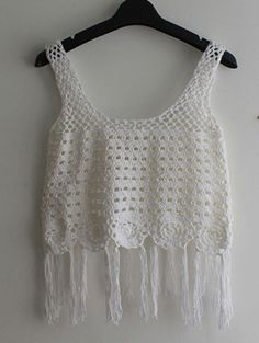 Top crochet flecos tank -blanco-Spanish SheIn(Sheinside) Crop Tops Crochet, Bikinis Crochet, Crochet Bikini Top, Crochet Blouse, Crochet Top, Crochet Slipper Pattern, Crochet Slippers, Crochet Patterns, Crochet Fringe
