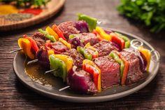 Receitas: Espetinho de carne alemão (Fleischspiess)   Academia da Carne Friboi