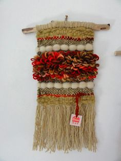 . Weaving Projects, Weaving Art, Tapestry Weaving, Loom Weaving, Hand Weaving, Magic Crafts, Diy Crafts, Peg Loom, Yarn Wall Hanging