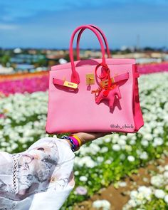 It's no secret that Birkins, the most exclusive bags in the world, are expensive. But just how expensive? We do the handbag math—charts & analysis included. Hermes Purse, Hermes Handbags, Birkin 25, Hermes Birkin, Round Bag, Beaded Clutch, Shoulder Bag, Tote Bag