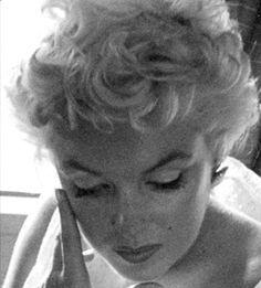 infinitemarilynmonroe — Marilyn Monroe photographed by Eve Arnold, 1955.