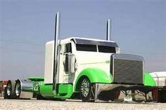 The Mob Sled. Not bad for a Freightliner. Big Rig Trucks, Trucks Only, Show Trucks, Custom Big Rigs, Custom Trucks, Custom Cars, Freightliner Trucks, Dream Car Garage, Heavy Truck