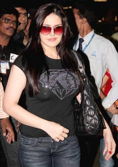 Your Latest & Largest Bollywood Hot Pics Gallery: Zarine Khan Hot Pics, Zarine Khan Sexy Photos, Pics, Sexy Images & Wallpapers Bollywood Actors, Bollywood Celebrities, Bollywood Fashion, Bollywood Girls, Indian Bollywood, Indian Celebrities, Zarine Khan Hot, Punjabi Actress, Most Beautiful Indian Actress