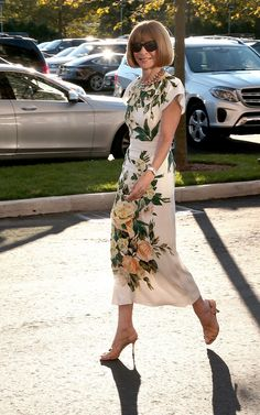63 Best ideas for style icons over 50 over 50 Milan Fashion Weeks, London Fashion, Fashion Over 50, Fashion Looks, Anna Wintour Style, Stockholm Street Style, Paris Street, Sartorialist, Style Icons