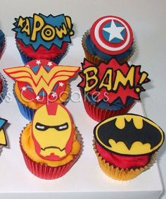 Superhero Cupcakes - fondant toppers