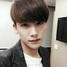 Park Hyungsik ZE:A Selca