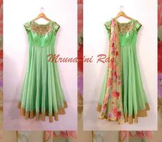 Mint color with floral dhuppata