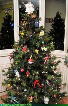 NEW Doctor Who TARDIS Christmas Tree Ornament - Plastic, by Kurt ...