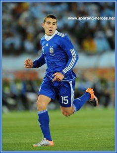Nicolas Otamendi - Argentina - FIFA Copa del Mundo 2010 Argentina Football Team, Argentina National Team, Fifa, Hero, Running, Sports, Hs Sports, Keep Running, Why I Run