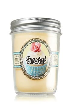 A true sweet tooth's delight – fresh vanilla bean, sugar, cake batter and rich buttercream frosting mix it up and create an irresistible scent
