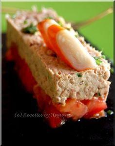 Entrée légère et facile- Tartare tomate thon Cooking Time, Cooking Recipes, Healthy Recipes, Love Eat, Love Food, Fingers Food, Brunch, Tomate Mozzarella, Appetisers