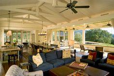 Wide open floor plan and indoor outdoor living...hells yes!