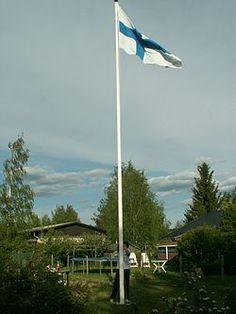 Finnish Independence Day on 6th of December (1917 - 2014). Suomen lippua vedetään salkoon. Siniristilippu on ollut käytössä 28. toukokuuta 1918 alkaen.