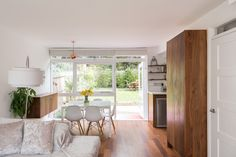 An outstanding example of a three-bedroom Span house on the sought-after private Cator Estate in Blackheath. It has been recently renovated by the current owners and occupies arguably the best position on The Plantation, one of the most attractive of Span's 1960s developments. Graham Morrison of Allies & Morrison Architects, who bought a Span house […]