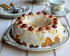 The great british bake off and my mary berry cherry cake recipe far breton British Baking Show Recipes, British Bake Off Recipes, Baking Recipes, Cake Recipes, Dessert Recipes, British Desserts, Mary Berry Cherry Cake, Berry Cake, Food Cakes