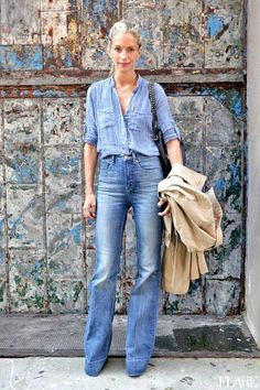 Double denim is back in and with winter here what better season to rock this timeless look? If you are already, you should be wearing double denim. Double Denim, Fashion Week, Look Fashion, Autumn Fashion, Fashion Tag, Fashion 2015, Fashion Hacks, Fashion Trends, Fashion Models