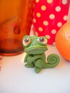 Diy Art Disney Polymer Clay 23 Ideas The Effective Pictures We Offer You About Polymer Clay Crafts a Diy Fimo, Crea Fimo, Polymer Clay Kunst, Polymer Clay Figures, Cute Polymer Clay, Polymer Clay Animals, Cute Clay, Fimo Clay, Polymer Clay Charms