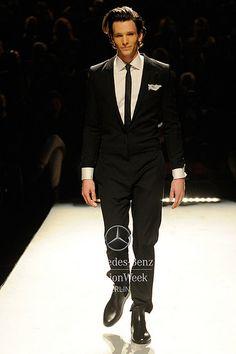 Mercedes-Benz Fashion Week Berlin - Focus On Fashion ESTHER PERBANDT A/W 2014  Anzug artig Jumpsuit