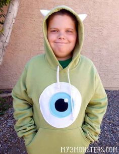 This unlikely hero. | 37 Cheap And Easy Sweatsuit Halloween Costumes