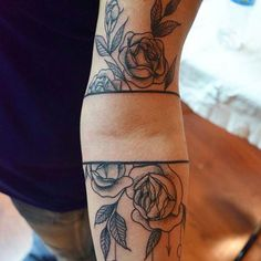 Pretty flowers. (Tumblr: 1337tattoos)