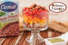 salada de feijão, cenoura, pimentão e pesto