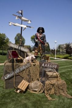 Great pirate party decor and ideas