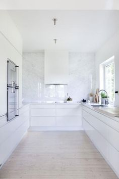 Jolting Cool Tips: White Kitchen Remodel Tips white kitchen remodel gray walls.Kitchen Remodel Countertops Concrete Counter kitchen remodel ideas u shaped.White Kitchen Remodel Tips. White Kitchen Cabinets, Kitchen Cabinet Design, Kitchen Cabinetry, Kitchen Interior, New Kitchen, Kitchen Dining, Kitchen Decor, Kitchen Ideas, Kitchen Drawers