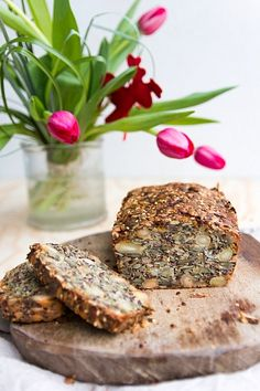 Domácí chleba - ořechy, semínka, cibule