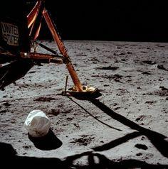 La primera foto de un hombre en otro planeta... o mejor dicho Luna.
