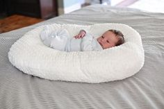 Baby Lounger DIY, easy and is so similar to the Boppy one for less than $10!