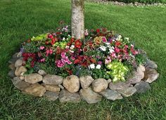 20 Gorgeous and Creative Flower Bed Projects to Try - The ART in LIFE